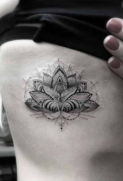 Ellie Goulding tatuiruotė