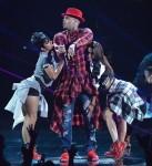 Chris Brown (centre)