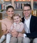 Victoria Ingrid Alice Désirée su Estelle (3) & Olof Daniel Westling