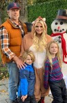 Eric Johnson, Jessica Simpson, Ace Knute & Maxwell