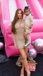 Khloe Kardashian su True Thompson