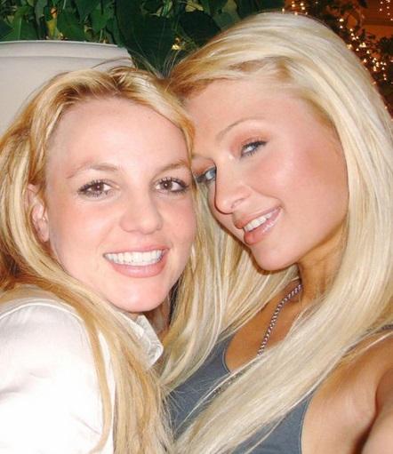 Britney Spears & Paris Hilton (2006)